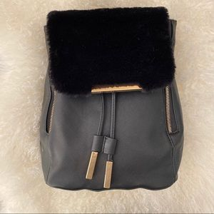 Handbags - Black Faux leather and fur backpack